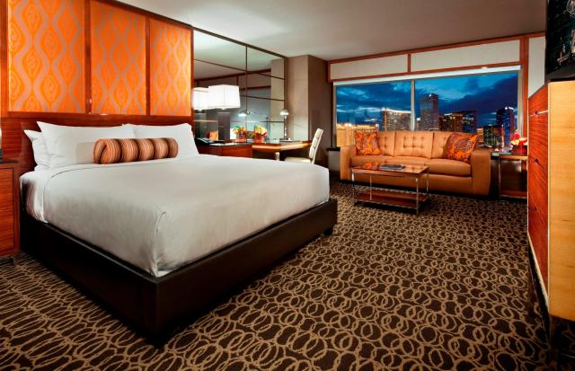 Yes, our room really looked like that! (via MGM Grand)