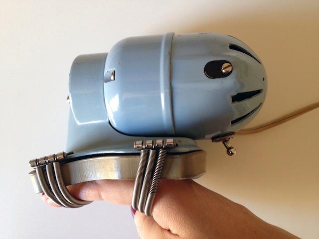 handy-hanah-vitalator-vintage-vibrator-massager-2