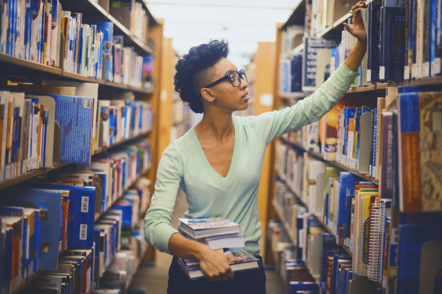 library-girl-via-dand_don-flicky.com:photos:28873759@N04