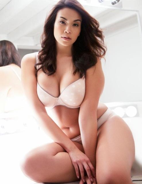 via curvy-sexy
