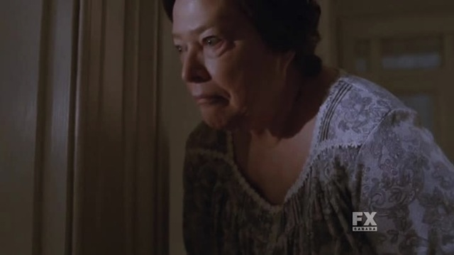CLASSIC Kathy Bates poop face