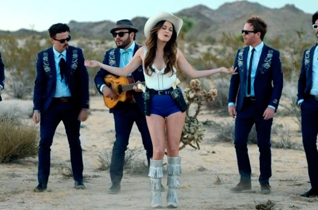 kacey-musgraves-follow-your-arrow-650-430d