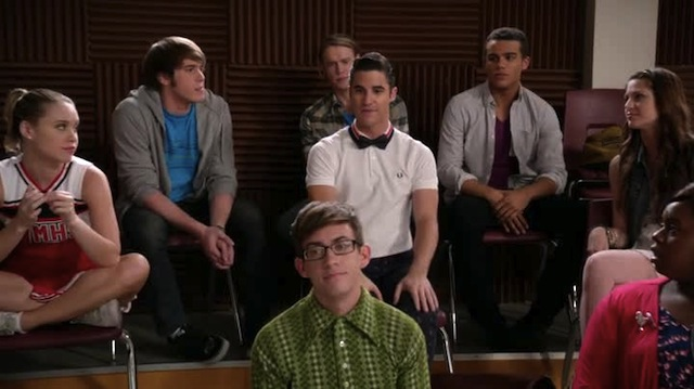 Uhhh does Blaine know we can all tell that he's wearing a bowtie with a polo shirt