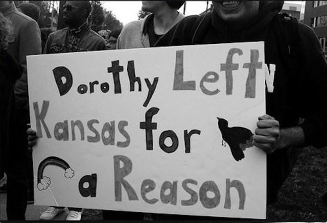 dorothy-left-kansas