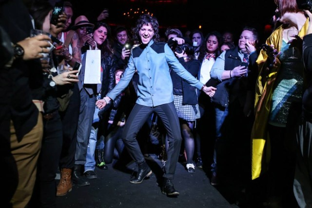 Meredith Gunning rocks VEEA. Photo by Grace Chu, via Dapper Q event album