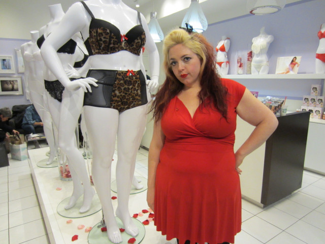 Me and a plus size mannequin killing it in a leopard bra. Here I am wearing an old bra that doesn't fit.