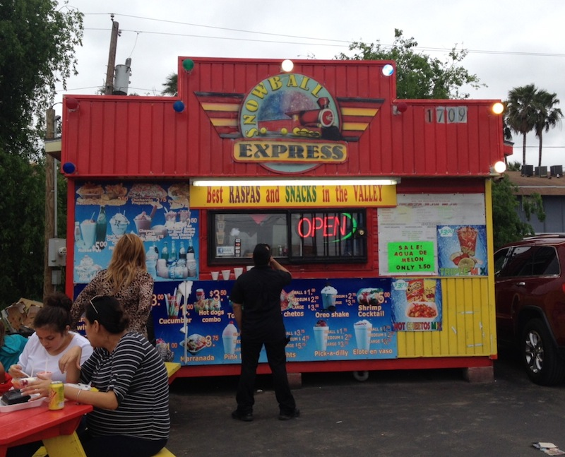 """This is a typical """"raspa stand"""" in the Valley."""