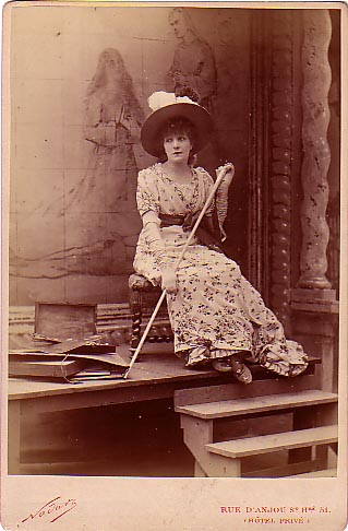 SARAH BERNHARDT AS TOSCA
