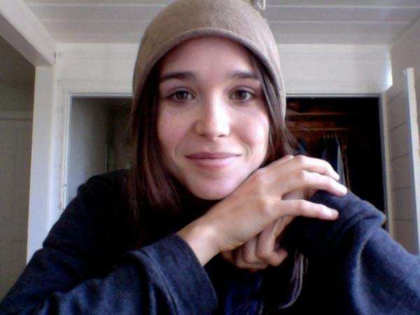Twitter Critter: 25 Ellen Page Tweets For A More Adorable ... эллен пейдж