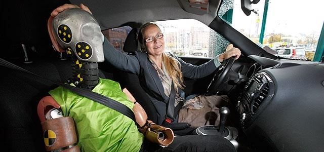 Astrid Linder with a female crash dummy