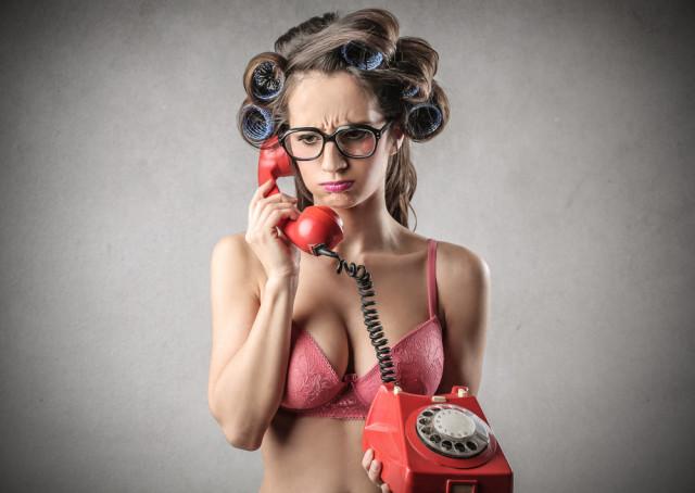 woman_on_phone
