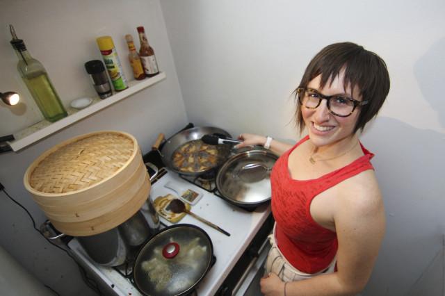 Stephanie makes shrimp toast