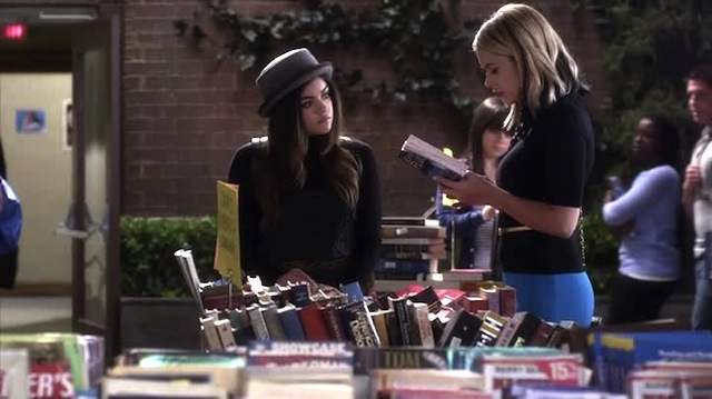These are called books, Aria. You open them and they have words and stuff.