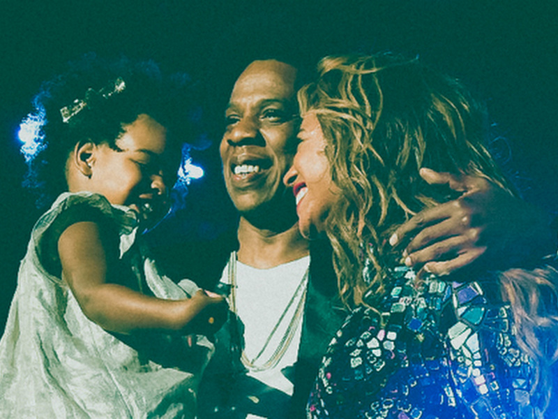 """Beyoncé and Blue Ivy Are Flawless At The VMAs   Autostraddle. """""""