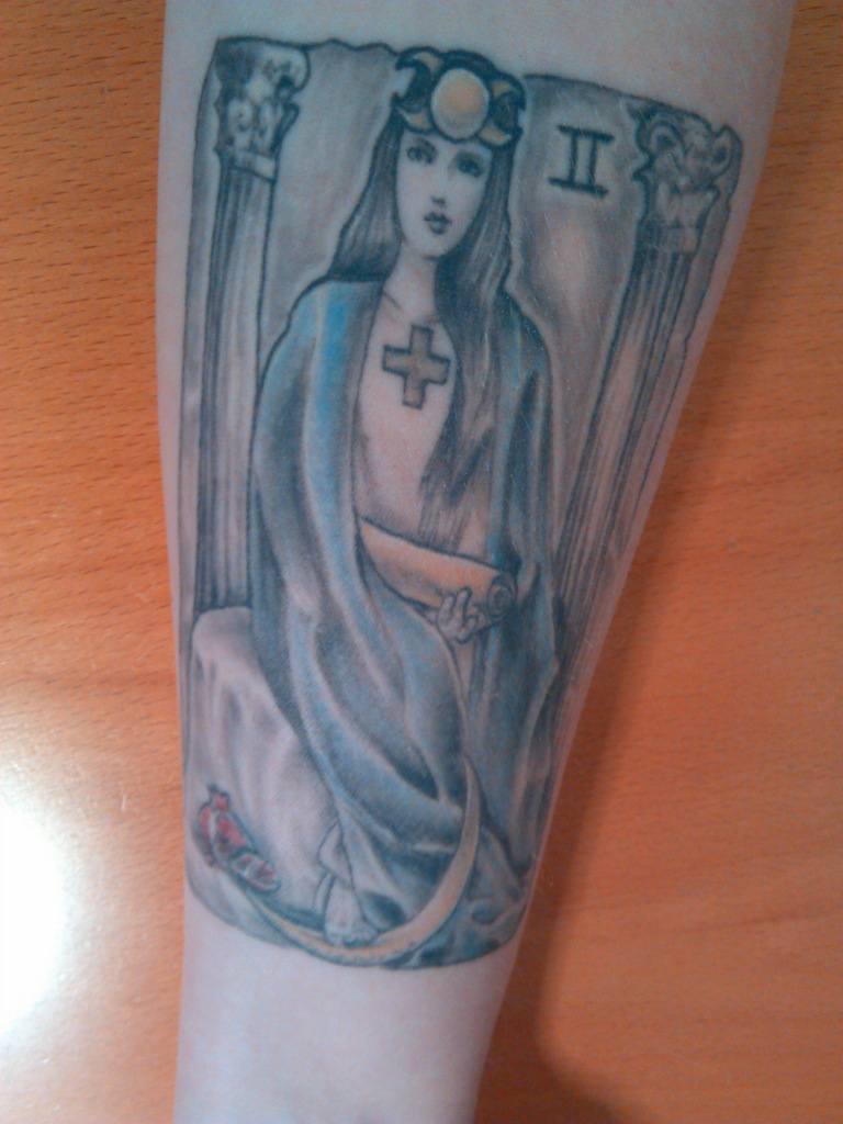 Hilary_High_Priestess_tarot_tattoo