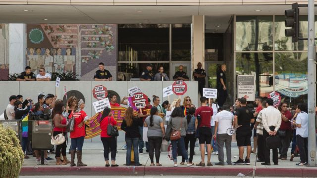 Protesters call for Gamino's release in Los Angeles via Fusion