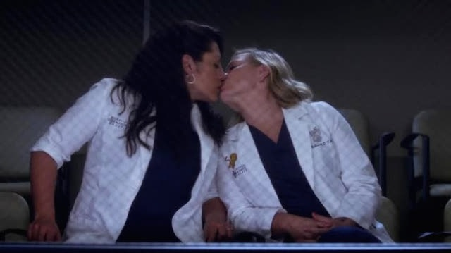 no breasts were touched during this episode of grey's anatomy.