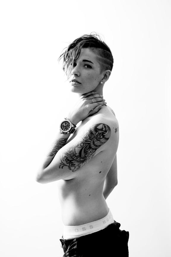 Ashley Kolodner via handsome girls