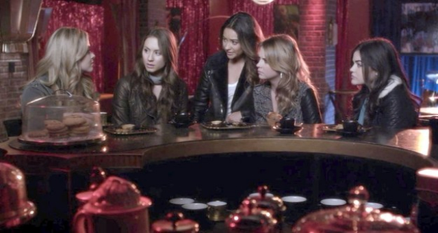 pll-lying-each-other