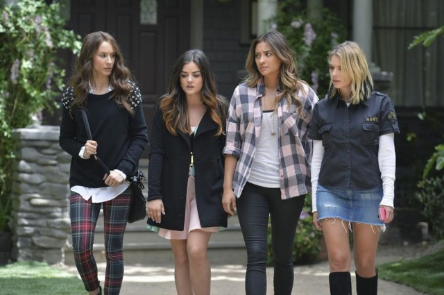pretty-little-liars-season-5-epi-10-spencer-ali-emily-hanna-main