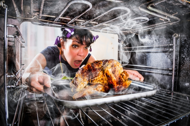Not knowing how to prepare dinner doesn't make her less of a woman via shutterstock