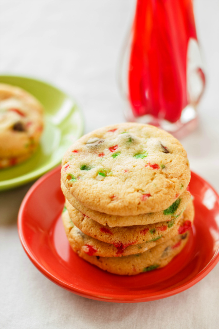 Crushed-Candy-Cane-Chocolate-Chip-Cookies-4