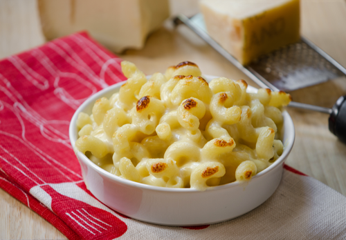 Gruyere Cheddar Melted Leek mac and cheese