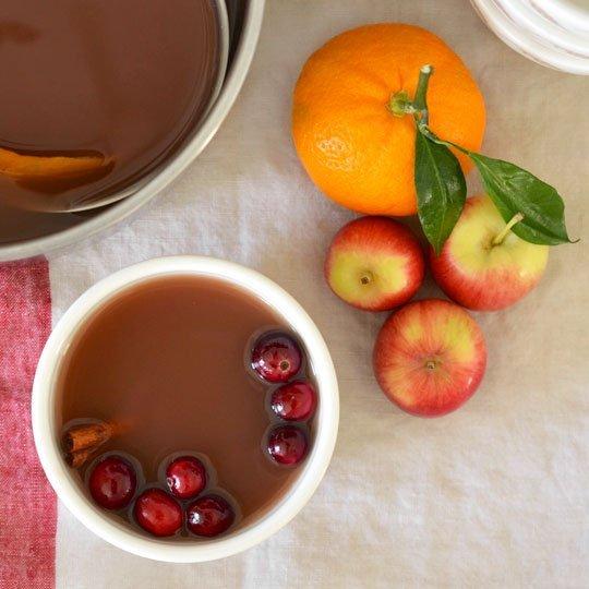 Mulled cranberry apple cider