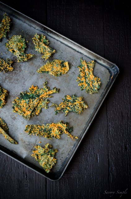 web-Cashew-and-Roasted-Red-Pepper-Kale-Chips-012