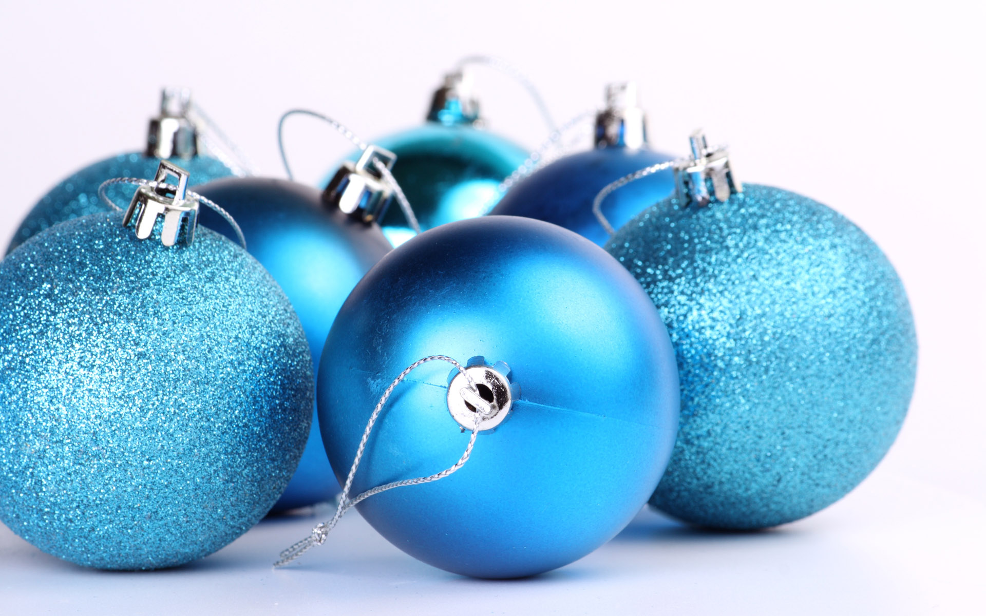 Holigay Playlist: Having a Blue Christmas | Autostraddle