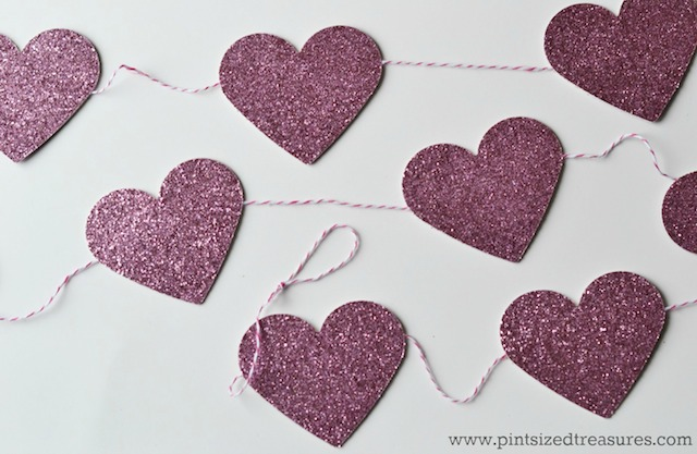 glitter-heart-bunting-9