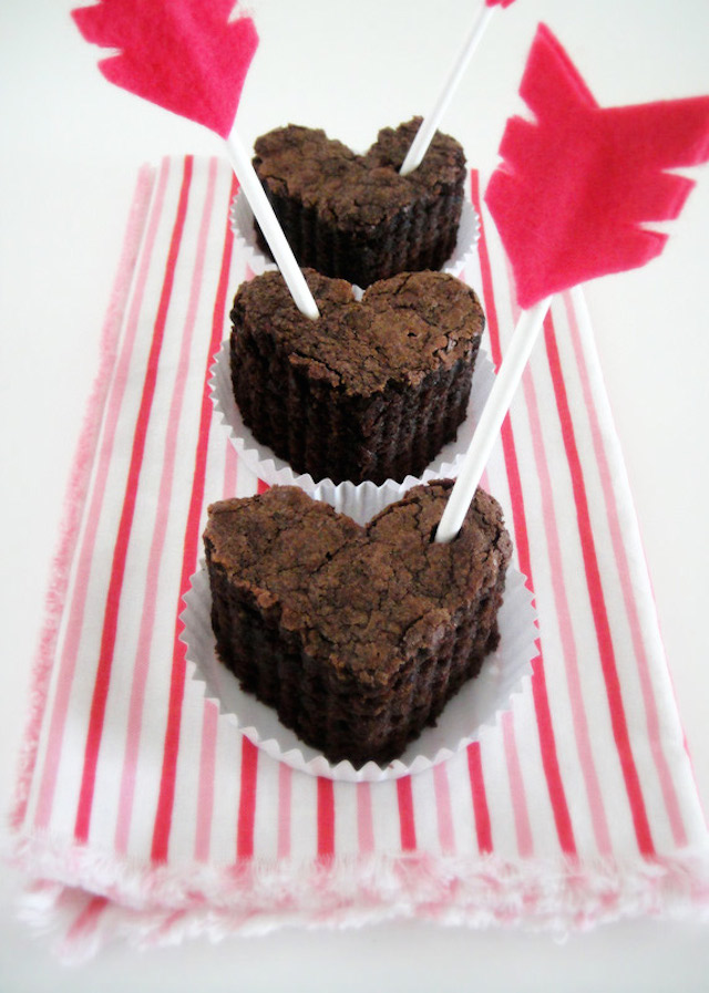Valentine Brownie: Valentine's Day Grab Bag: DIY Gifts, Decor, And More For