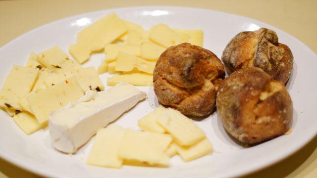 carmen-haus-meeting-cheese
