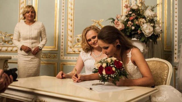 A lesbian couple in Russia where one woman is trans and the other is cis. Photo courtesy Alyona Fursova
