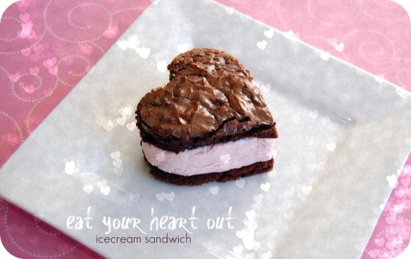 heart-shaped-icecreamsandwich-NoBiggie.net_