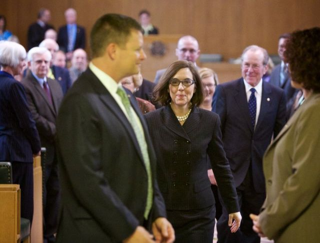 Kate Brown took the oath of office to become Oregon's 38th governor, February 18, 2015. Michael Lloyd/Staff.