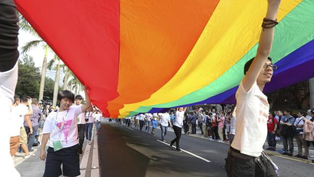 lgbt-parade