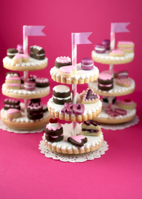 play food tiny cookie cake stands