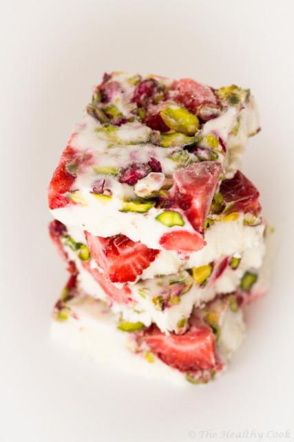 yogurt bars with strawberries