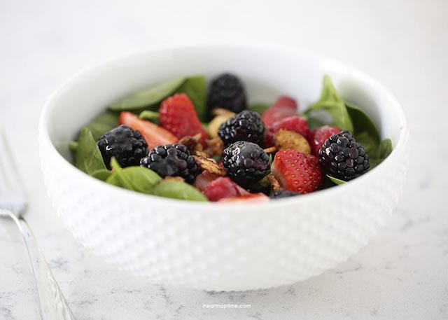 Nuts-about-berries-salad