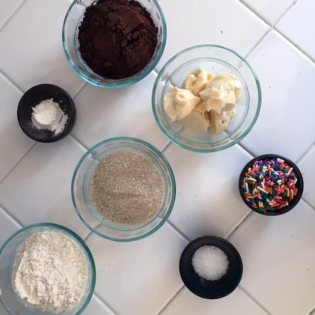 chocolate-crumb-ingredients
