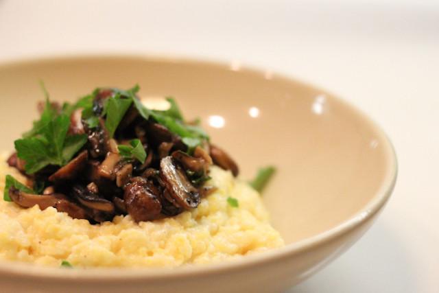 creamy-mascarpone-polenta-with-mushrooms