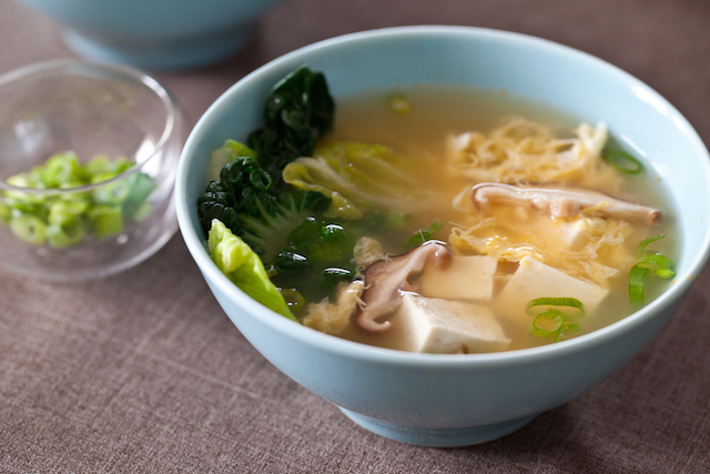 tofu-mushroom-miso-soup-recipe