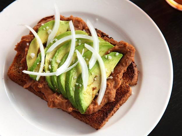20130219-avocado-bean-toast-2-thumb-625xauto-309398