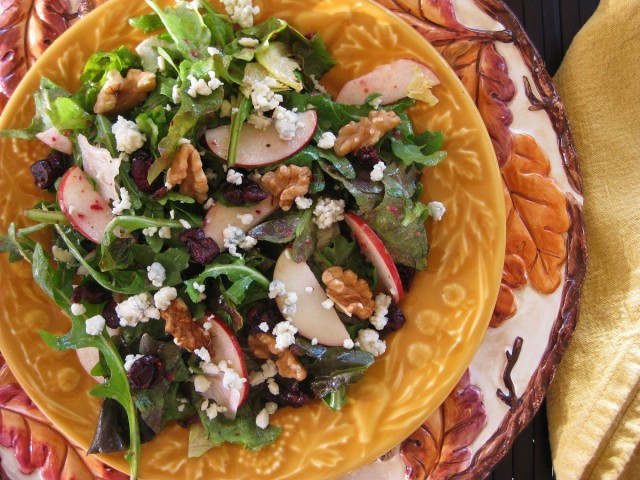 Great-Edibles-Recipes-Cranberry-Walnut-Salad-with-an-Apple-Cider-Cannabis-Vinaigrette-Weedist-640x480