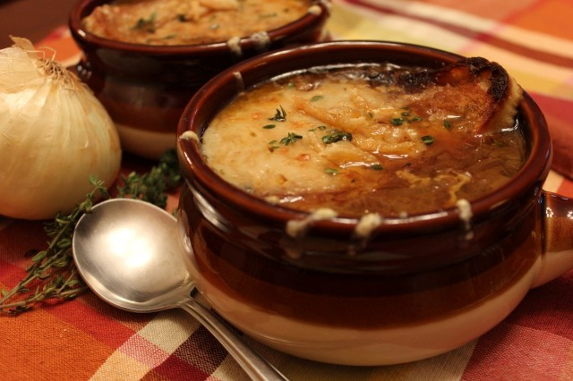Great-Edibles-Recipes-Medicated-French-Onion-Soup-Weedist-640x426