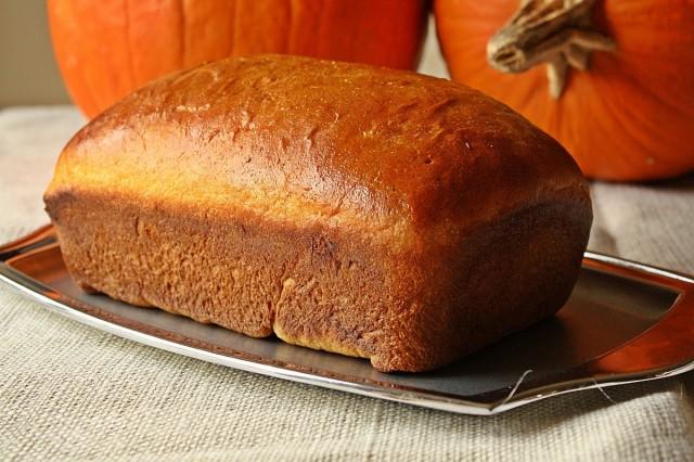 Great-Edibles-Recipes-Pumpkin-Gingerbread-Weedist-640x426
