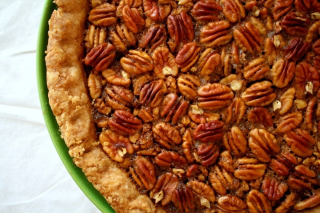 Great-Edibles-Recipes-Pumpkin-Pecannabis-Pie-Weedist1-640x426
