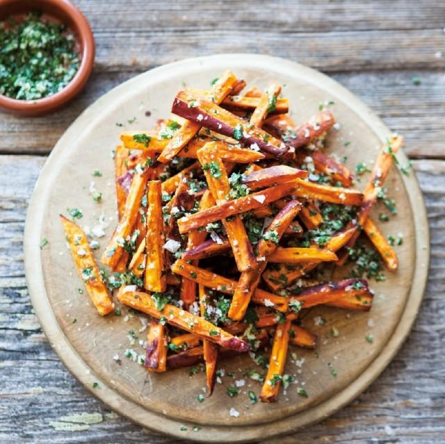 Great-Edibles-Recipes-Sweet-Potato-Fries-Weedist-640x639