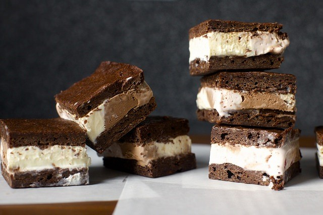 brownie-ice-cream-sandwiches